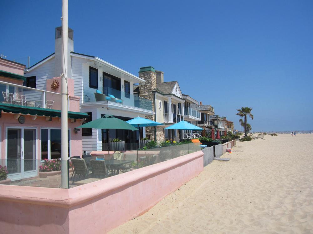 beach front laguna beach real estate