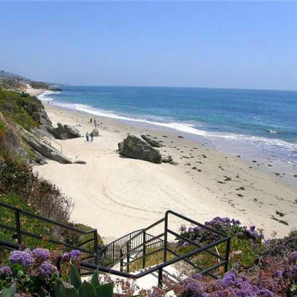 Beach Front Real Estate in Laguna Beach by Cynthia Ayers at Laguna Coast Real Estate