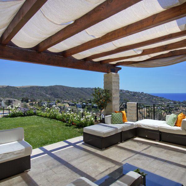 Laguna Beach Real Estate in Temple Hills community